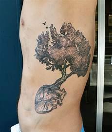 tatouage nature fleur