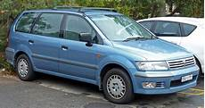 how things work cars 1994 mitsubishi chariot navigation system file 1998 2001 mitsubishi nimbus ug glx van 2010 07 05 jpg wikimedia commons