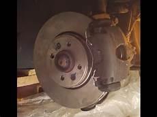 tuto changer disques et plaquettes frein sur renault