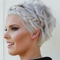 Die 25 Besten Dirndl Frisuren Kurze Haare Ideen Auf