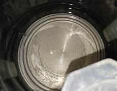 wasserkocher entkalken mit essig zitrone natron und co