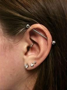 piercing industriel bijoux ce piercing est un rem 232 de contre les migraines mais il