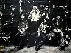 almond brothers band sinister vinyl collection the allman brothers band at fillmore east 1971 sinister salad