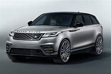 2018 Range Rover Velar Shines On Stage With Ellie Goulding