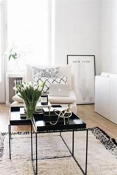 Möbel Für Wohnzimmer - kleiner bungalow mit modernen industriellen stil schwarz