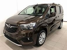 opel combo innovation 1 5dth start stop 96 kw at8 mpv