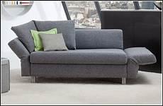 2 sitzer sofa mit schlaffunktion 2 sitzer sofas mit schlaffunktion sofas house und