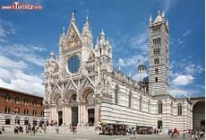 siena cattedrale pavimento duomo cattedrale siena cosa vedere guida alla visita
