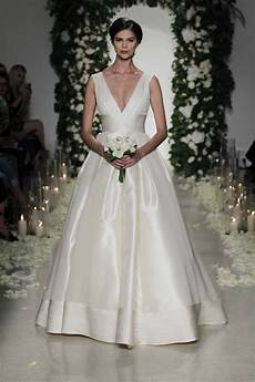 modern wedding gowns simple wedding gowns for the minimalist modern wedding