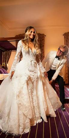 Expensive Wedding Gowns world s most 10 expensive wedding dresses to die for