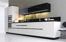 apothekerschrank küche weiß k 220 chenzeile wei 195 ÿ free ausmalbilder