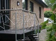 Treppengeländer Außen Verzinkt - treppengel 228 nder aus verzinktem stahl und edelstahl