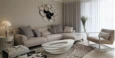 decoration salon design moderne peinture gris et taupe