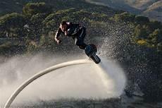 wie viel kostet ein hoverboard hoverboard 220 ber die wellen fliegen seen de magazin