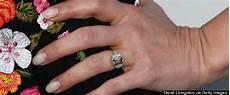 dax shepard didn t want a wedding band so he got this