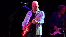 sultans of swing knopfler knopfler sultans of swing manchester 16 05 2015