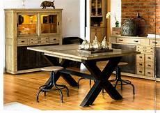 Table En Ch 234 Ne Massif Avec Pied X En M 233 Tal Pour Salon Et