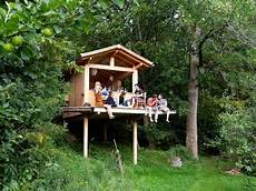 a treehouse lovestory with vitus wahllaender treehouseblog