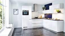 moderne hoekkeuken in hoogglans wit droomkeukens