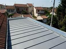 toit plat en zinc toiture zinc zinc sur maison en bois isolation toiture fr