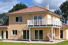 Haus Im Toskana Stil - ᐅ stadtvilla im toscana stil mit integriertem carport