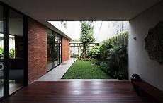 Bingung Mencari Tanaman Untuk Taman Rumah Anda Berikut