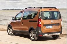 Renault Kangoo Stepway 1 5 Dci 2018 Conduciendo