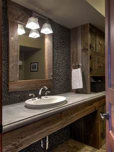 Reclaimed Wood Bathroom Ideas Pictures Remodel And Decor