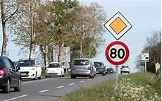 panneau vitesse illimitée allemagne panneaux radars habitudes ce que la limitation 224 80 km h va changer sud ouest fr