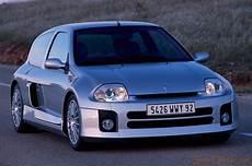 Renault Clio Sport V6 2000