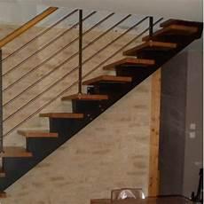Escalier Quart Tournant Limon Central Metal
