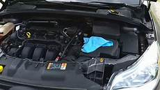 2014 ford focus battery cover won t stay on easy
