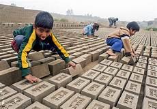 arbeiten gegen die schwerkraft die d 252 rfen kinder arbeiten welt der frauen