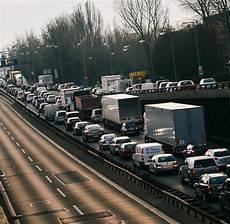 Autobahn Baustellen Das Stop And Go Jahrzehnt Hat Gerade