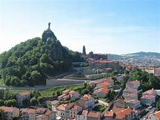 File Le Puy En Velay Panorama Jpg1 Jpg Wikimedia Commons