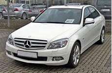 Mercedes W 204 - mercedes w204 wolna encyklopedia