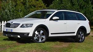 Skoda Octavia Scout Diesel 2015 Review  CarsGuide