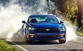 Ford Mustang GT 2015 10Best Cars – Feature Car And Driver