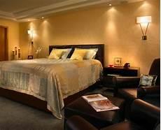 schöne farben fürs schlafzimmer eine sch 246 ne idee f 252 r einrichtung die farbe gold