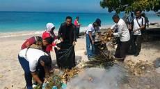 Pentingnya Menjaga Kelestarian Lingkungan Pantai Dari