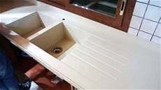 gocciolatoio cucina top cucina in corian esempi di vasche lavelli in corian