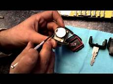 changer pile cle ford how to change a vauxhall key battery 01