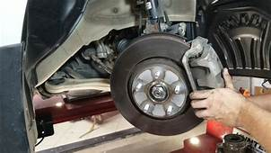 How To Replace Front Wheel Bearing Hub On A Honda Odyssey