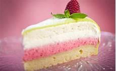 crema rossa per torte creme per farcire crema di fragole e panna per torte tutte in rosa leitv