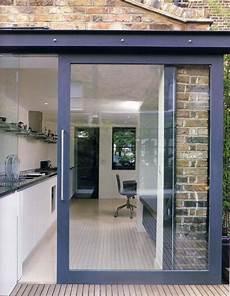 porte extérieure coulissante la porte coulissante en verre gain d espace et
