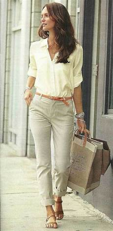 trendy clothes for 40 year to look like a