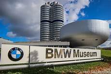 bmw museum münchen touring the bmw museum in munich germany thrumylens