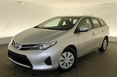 Toyota Auris Touring Sports Active Vvt I 99 Reserve