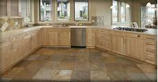 Fliesen Flur Ideen - kitchen floor tile designs for a warm kitchen to