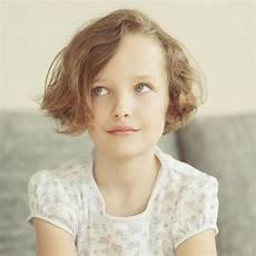 coiffure enfant fille 20 id 233 es de coiffure pour enfant fille ou gar 231 on l